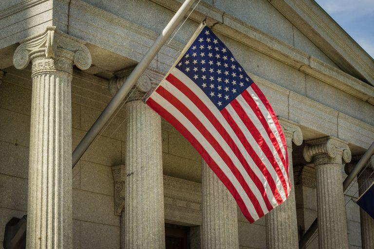 ส่องนโยบายภาษีของผู้สมัครพรรคเดโมแครตผู้เสนอเป็นตัวแทนพรรคเข้าแข่งขันตำแหน่งประธานาธิบดีสหรัฐอเมริกา ปี 2563