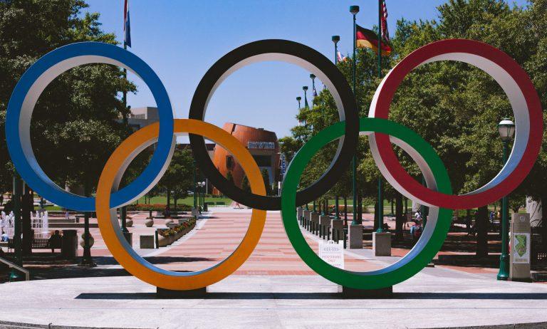 โอลิมปิก โอกาสทองของเศรษฐกิจ หรือวิกฤตที่ซ้อนเร้น