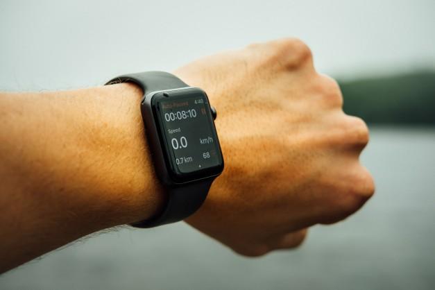 Smart watch แบรนด์ดังแม่นยำแค่ไหน?